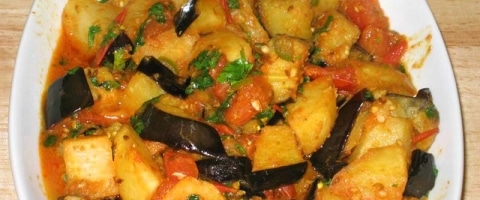 Aloo Baingan - Eggplant with potatoes